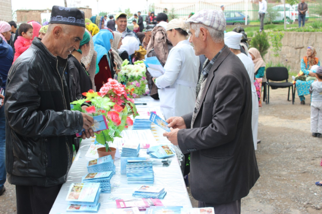 Public awareness-raising event dedicated to World TB Day in the Khatlon region.